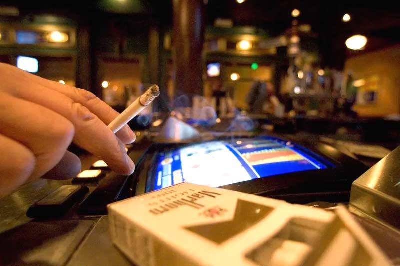 Casinos in Atlantic City, New Jersey say no to smoking ban