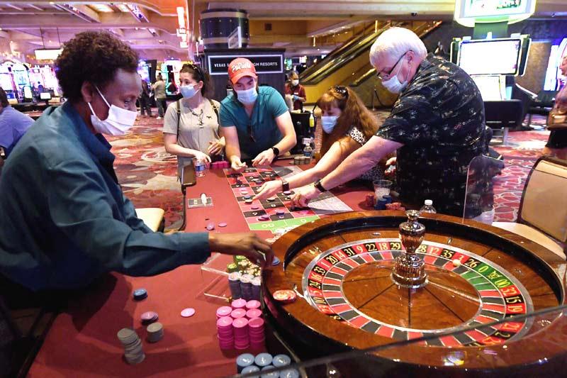 Casinos reinstate mask mandates across United States